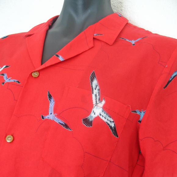 483daa90 Vintage Paradise Found Magnum PI Hawaiian Shirt. M_5c853a5de944ba8c2342ecc0
